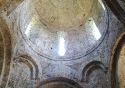Wnętrze kościoła w Kweterze