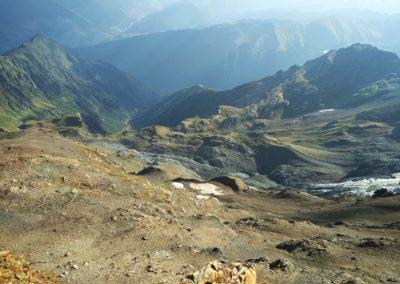 W drodze na szczyt Laili (4008 m)