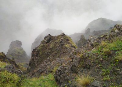 Formacje skalne w Mna