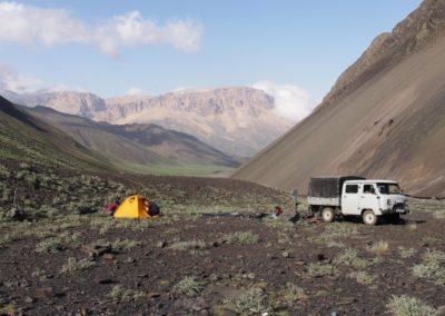 Oboz bazowy pod Bazarduzu (4467 m)