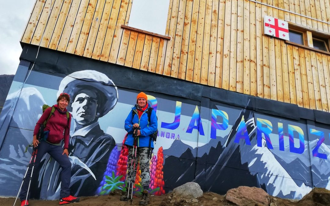 Himalaistki na Kazbeku: Anka Czerwińska i Krystyna Palmowska